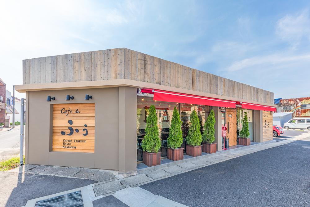 JR乙川駅から徒歩7分。駐車場はひろびろ9台